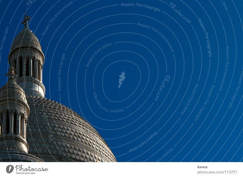Kirchenkuppel Tempel Dach Kuppeldach Turm himmelblau Frankreich Paris Montmartre Sacré-Coeur Gotteshäuser Religion & Glaube Kloster Kathedrale Basilika Säule
