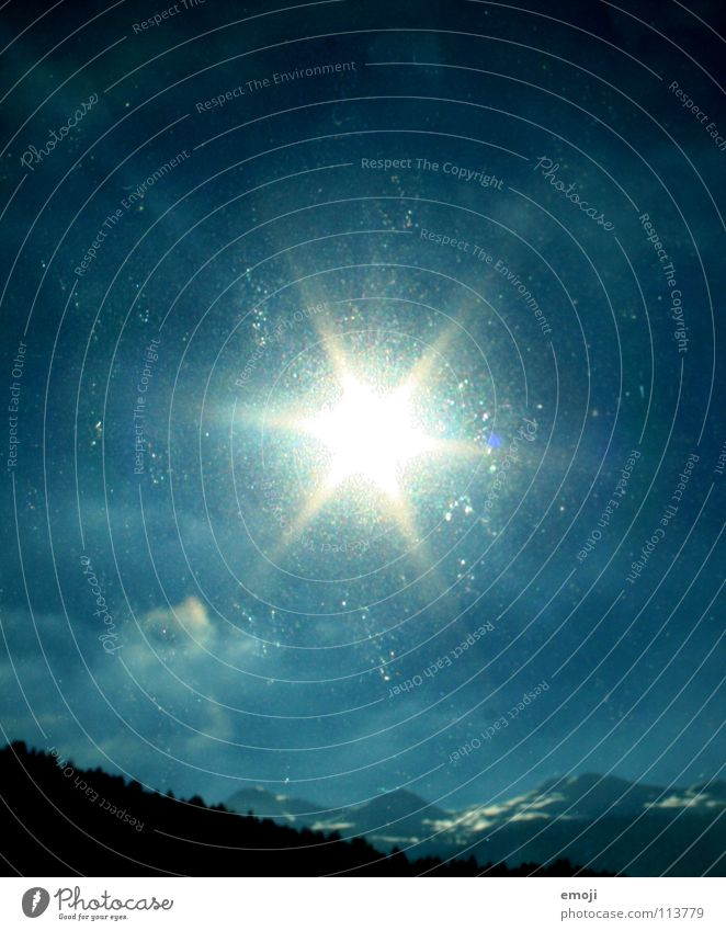 starsun Himmel blau schön Sonne Winter Wald Fenster Berge u. Gebirge Schnee Wetter Eis Stern Schönes Wetter Stern (Symbol) Skier Starruhm