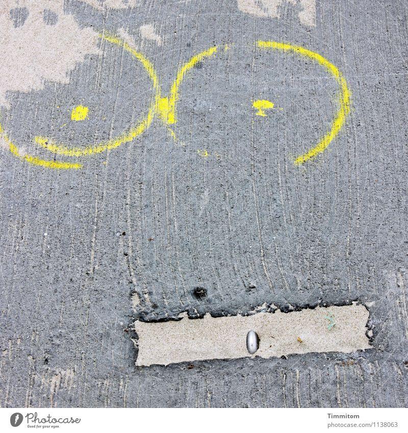 langlebig | zumindest ein Teil davon... Ferien & Urlaub & Reisen gestalten Kreativität Befestigung Sand Beton Linie liegen ästhetisch gelb grau Gefühle