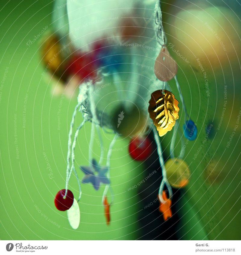 das goldene Blatt Türkei Tradition Handwerk Nähen Weihnachten & Advent festlich mehrfarbig grün gelb rot rosa Tiefenschärfe weiß Stoff Spielen