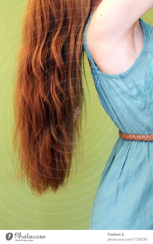 Rapunzel Mensch Jugendliche blau schön grün Junge Frau Erotik 18-30 Jahre Erwachsene feminin Haare & Frisuren Mode orange frei Arme ästhetisch