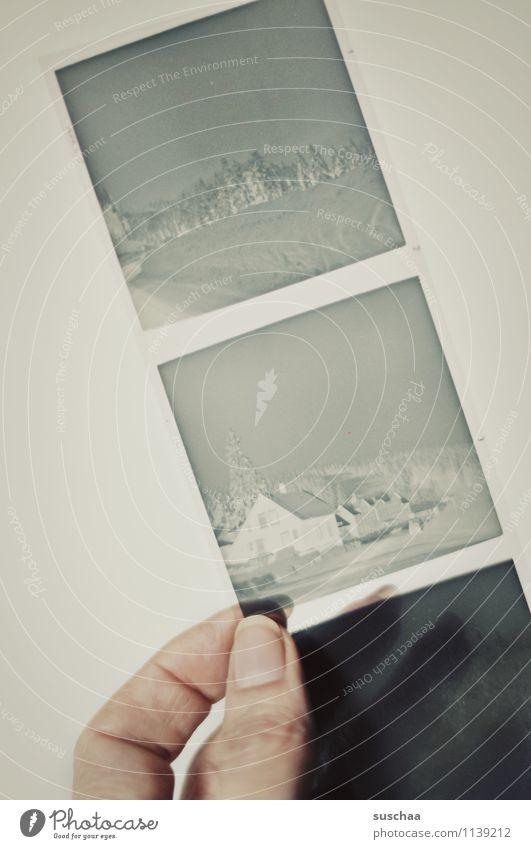 alte negative I Hand Finger festhalten durchsichtig analog Nostalgie Erinnerung
