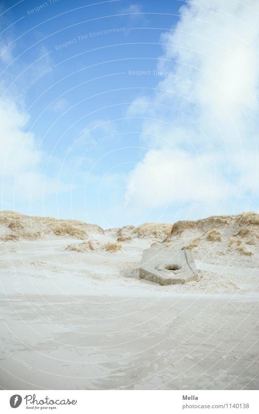 Versandet Himmel Natur Ferien & Urlaub & Reisen Landschaft Einsamkeit Strand Umwelt Küste Zeit Sand Vergänglichkeit bedrohlich historisch Wandel & Veränderung