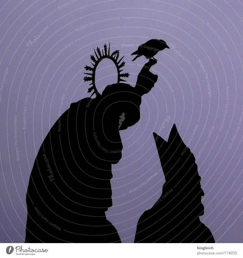 Denkmal (Karlsbrücke, Prag) Mensch Hand Tier Kopf Vogel maskulin Finger Brücke Europa violett Mütze Wahrzeichen Skulptur Abenddämmerung heilig