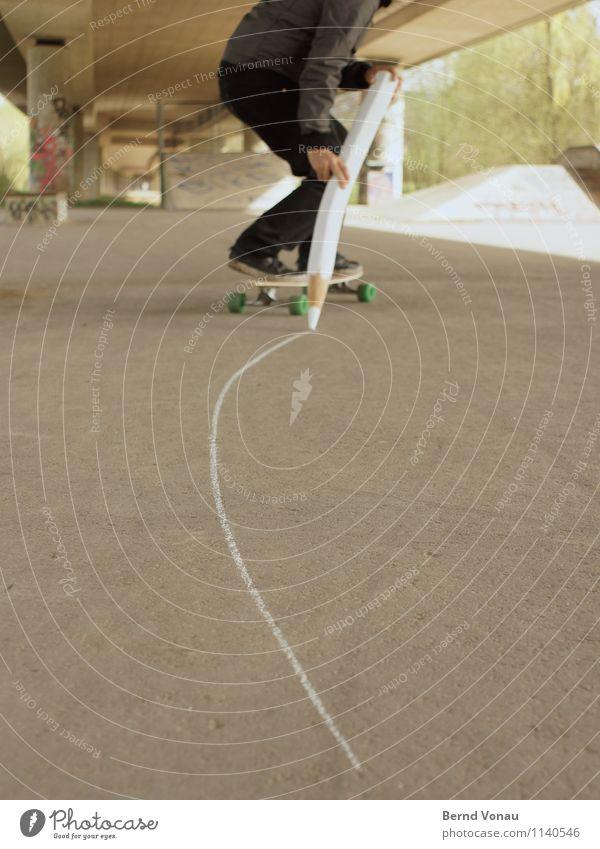 Du Kind! Mensch Mann Erwachsene 1 fahren schreiben grau braun Asphalt Skateboard Skateboarding Skateplatz straßenkreide Kreide Schilder & Markierungen Schwung