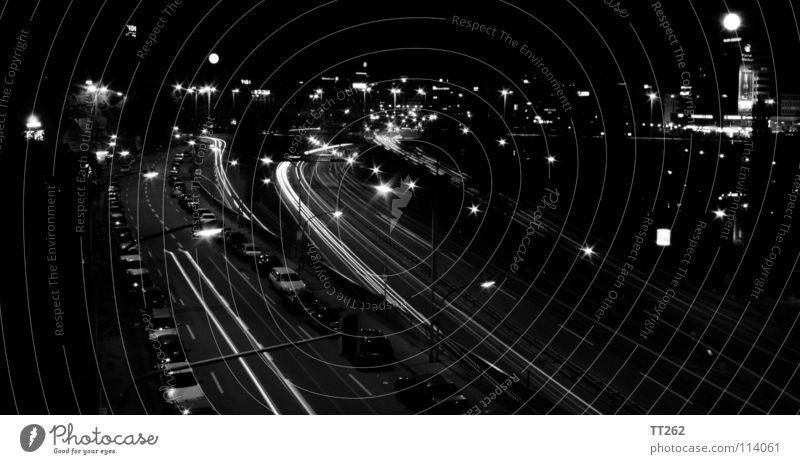 Saarbrücken Stadt dunkel PKW Autobahn Stadtzentrum Saarland