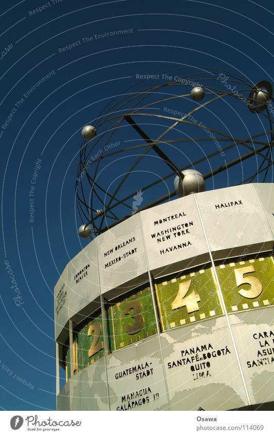 Weltzeituhr Himmel blau Berlin Erde 2 Kunst Zeit 3 Erde rund Uhr Ziffern & Zahlen 4 5 Wahrzeichen Planet