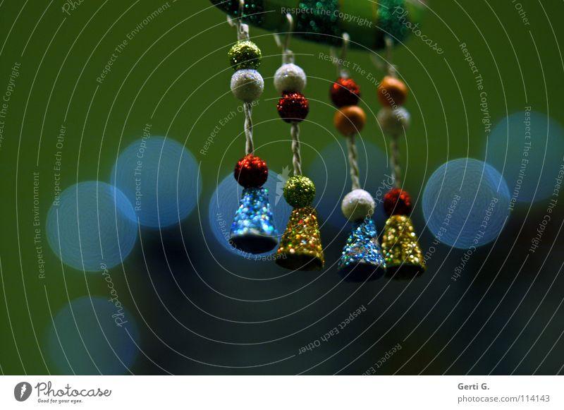 ringeding Weihnachten & Advent grün blau rot Erholung Fuß Beine Feste & Feiern Kunst glänzend Kitsch 4 Punkt Kugel Schmuck