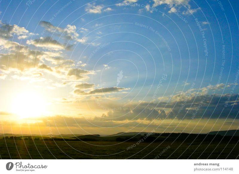 the shadow of the day Himmel Natur blau schön Sonne Wolken Landschaft Berge u. Gebirge Freiheit hell Hügel Ende Strahlung Abenddämmerung vergangen