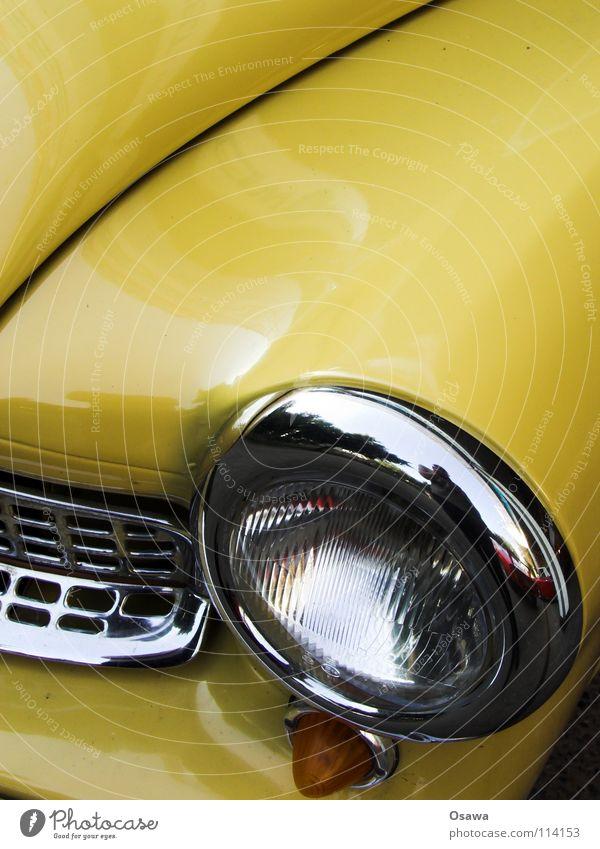 es war einmal Ferien & Urlaub & Reisen gelb PKW Glas Verkehr KFZ fahren Kurve Grill Scheinwerfer Oldtimer Blech Lack Chrom geschwungen Vorderseite