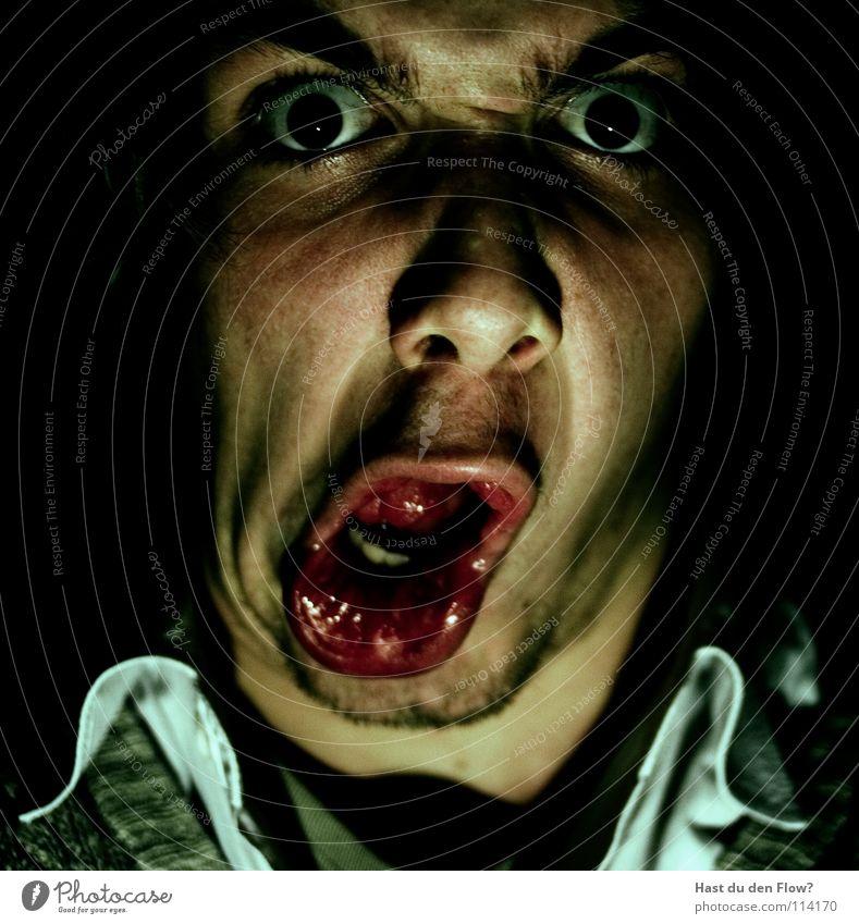 BOTOX 3.0 Ärger Wut platzen bleich schwarz weiß Nasenloch Wimpern Augenbraue braun Stirn Stirnfalte distanzieren Trauer sprechen Grimasse maskulin seltsam