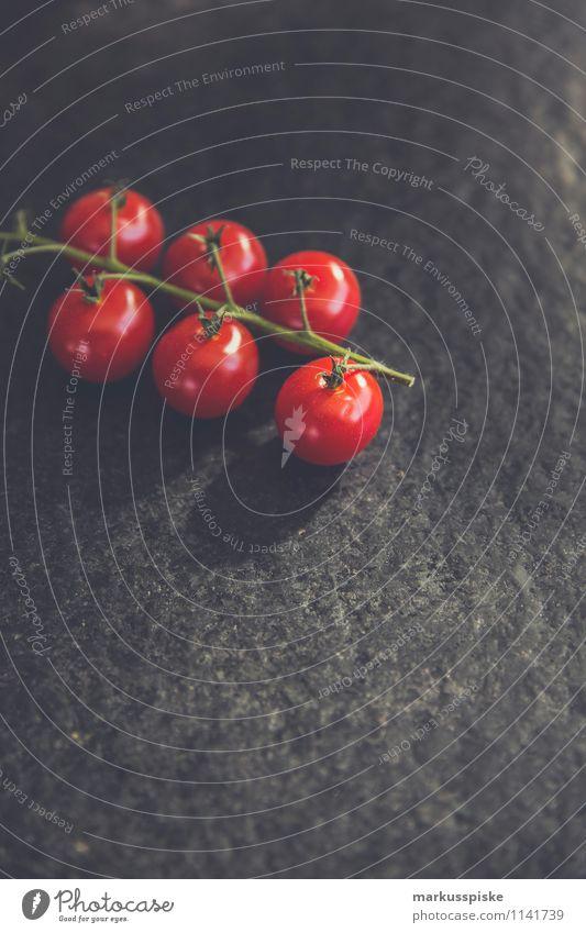 cocktail tomaten Pflanze Haus Gesunde Ernährung Umwelt Leben Essen Gesundheit Lebensmittel Lifestyle Wohnung Zufriedenheit Häusliches Leben authentisch genießen