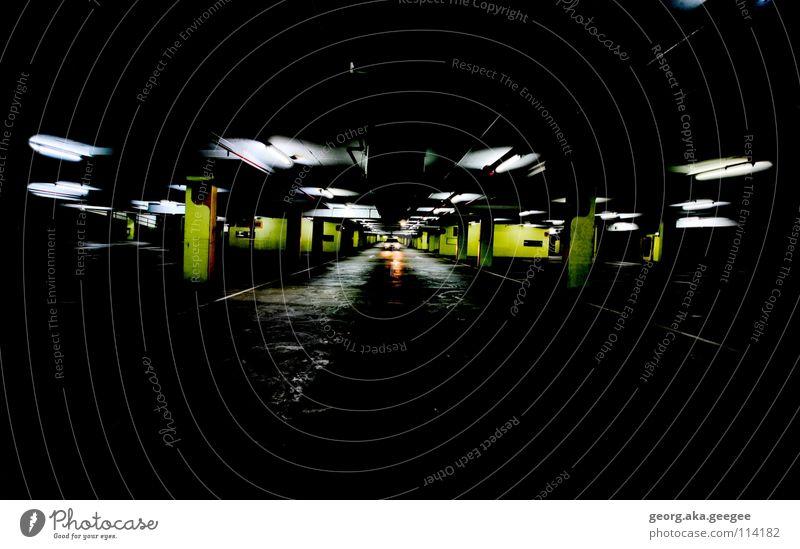 Tiefgarage ruhig Farbe dunkel Tunnel