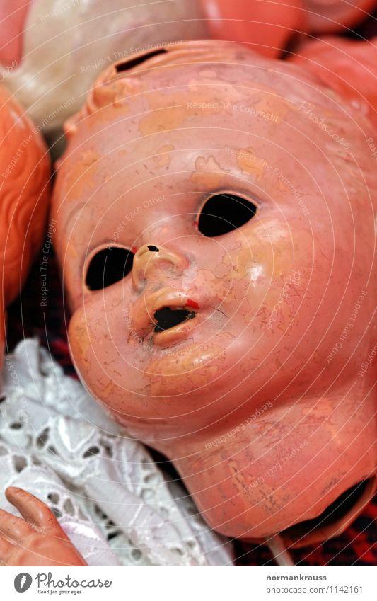 Puppenkopf Vergänglichkeit kaputt retro Kunststoff Spielzeug Nostalgie Puppendoktor