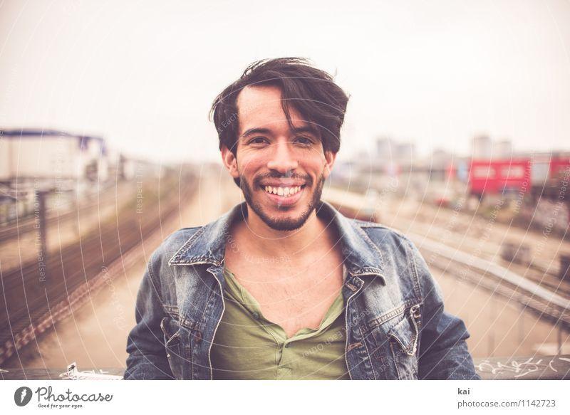 Tom 4 Mensch maskulin Junger Mann Jugendliche Erwachsene 1 18-30 Jahre authentisch Coolness Freundlichkeit Fröhlichkeit Glück trendy einzigartig natürlich retro