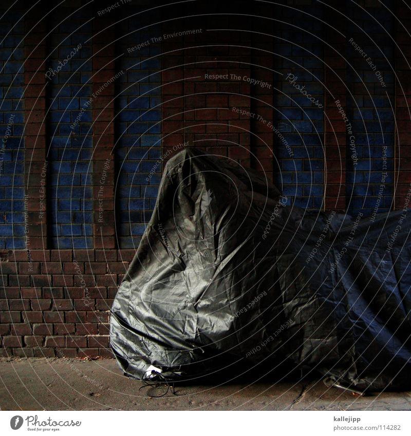 winterschlaf Stadt Haus dunkel Stein Traurigkeit hell schlafen Schutz Dinge Fliesen u. Kacheln Burg oder Schloss Tunnel Backstein Hut Statue Rost