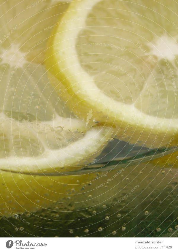fresh lemon *3 Wasser Sommer Strand gelb Wärme Eis Glas frisch Getränk Coolness trinken Physik Bar blasen Alkohol Zitrone