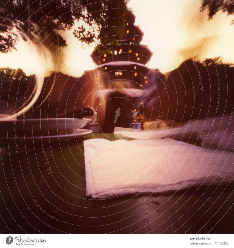 LochbildMünchen01 Bayern Verkehrswege Abenddämmerung Vesper Biergarten Englischer Garten Chinesischer Turm
