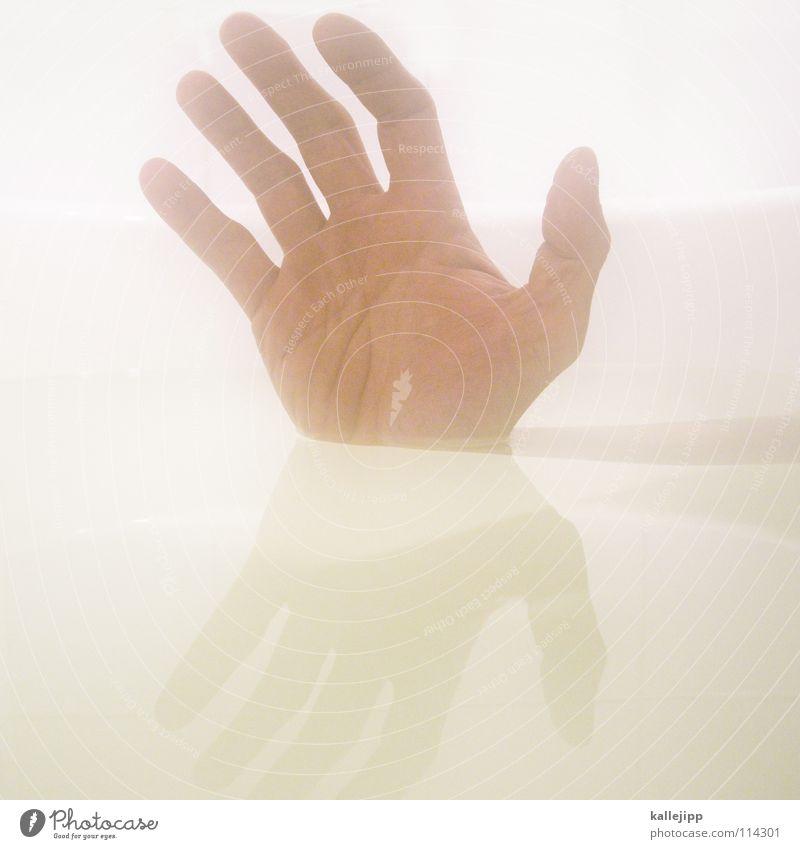 bye, bye Mensch Himmel Ferien & Urlaub & Reisen Wasser weiß Hand Leben Religion & Glaube Tod Linie Nebel Haut Finger Badewanne Vergänglichkeit Schutz