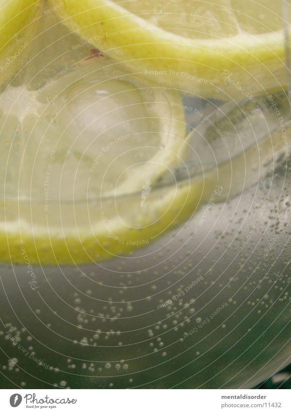 fresh lemon *5 Wasser Sommer Strand gelb Wärme Eis Glas frisch Getränk Coolness trinken Physik Bar blasen Alkohol Zitrone