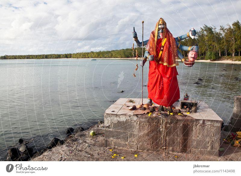 Statue von indischer Gottheit Kali in Mauritius Sightseeing Meer Insel Kunst Skulptur Religion & Glaube Farbfoto mehrfarbig Außenaufnahme Menschenleer