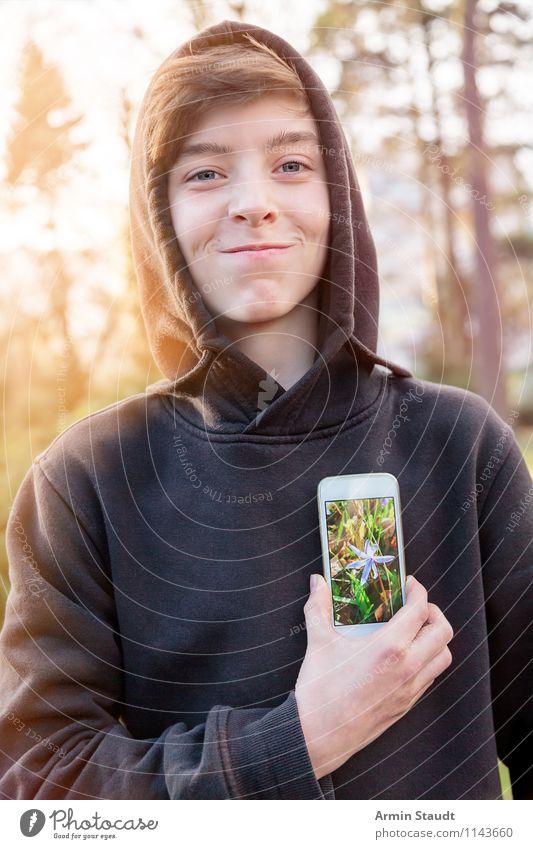 Virtual Reality IV Lifestyle Stil Design Telekommunikation Handy PDA Technik & Technologie Mensch maskulin Junger Mann Jugendliche Kopf Mund 13-18 Jahre Kind