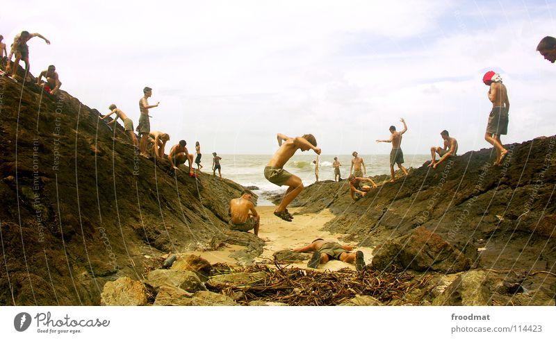 oceanscenes Strand Brasilien Itacaré springen Südamerika Meer Montage Zufriedenheit Panorama (Aussicht) Lebensfreude mehrere entdecken Siedler von Catan