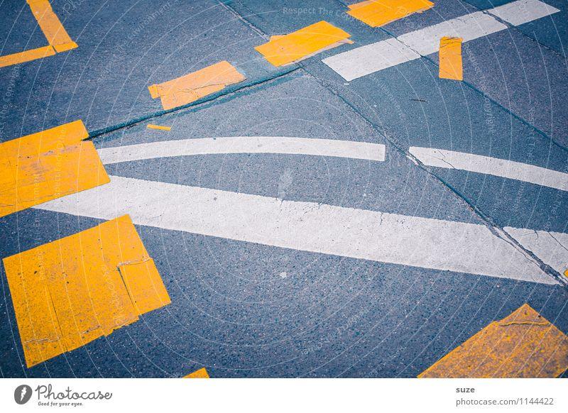 Straßenkreuzer weiß gelb grau Schilder & Markierungen Verkehr einfach bedrohlich Streifen Zeichen kaputt Baustelle Grafik u. Illustration Risiko Asphalt