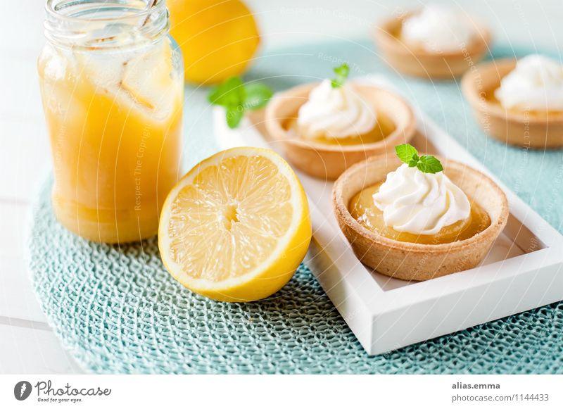 Lemon Curd Tartelettes Speise Essen Foodfotografie genießen Kochen & Garen & Backen süß Küche lecker Tradition Kuchen Dessert Backwaren Sahne Zitrone Englisch