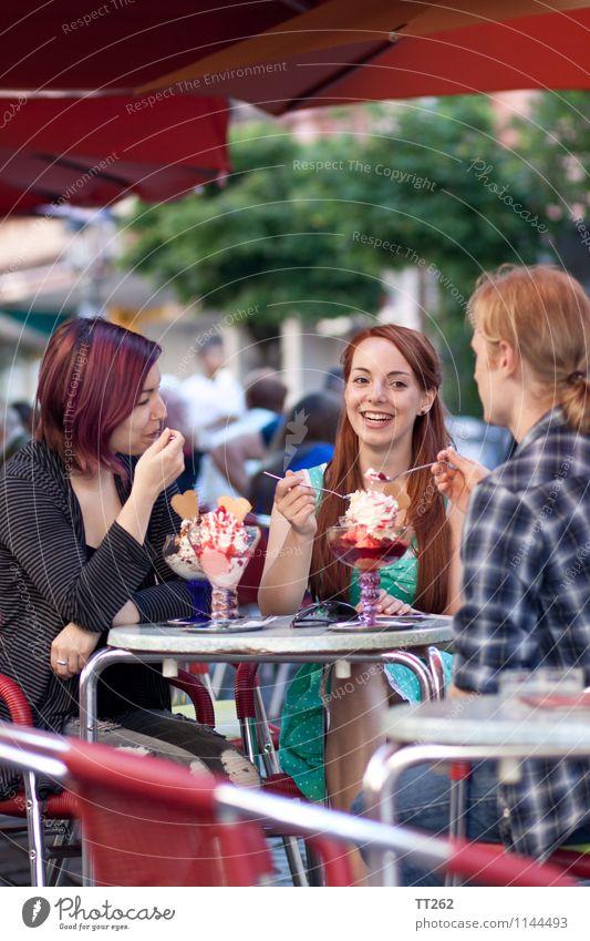 Like Ice ... Mensch Frau Ferien & Urlaub & Reisen Jugendliche Mann Stadt Sommer Junge Frau Junger Mann 18-30 Jahre kalt Erwachsene feminin Essen Lebensmittel