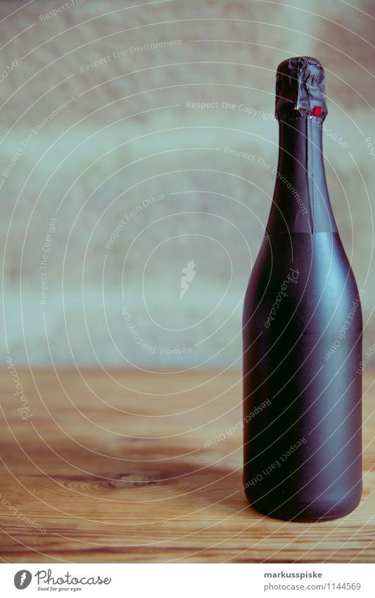 champagner party Getränk Sekt Prosecco Champagner Entertainment Veranstaltung Restaurant Feste & Feiern clubbing Tanzen Silvester u. Neujahr Hochzeit Geburtstag