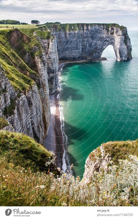 geflutet Himmel Natur Ferien & Urlaub & Reisen Sommer Meer Landschaft Strand Ferne Wiese Gras Küste Felsen Tourismus wandern Klima Schönes Wetter