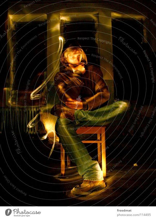 enlighted philosopher Langzeitbelichtung Schichtarbeit Philosoph Philosophie Denken Fenster dunkel Gedanke poetisch Licht Taschenlampe Verfall untergehen