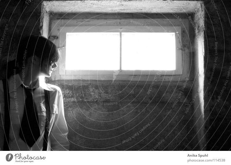 - when darkness turns to light - Schwarzweißfoto Innenaufnahme Kontrast Oberkörper Profil Stil Keller feminin Junge Frau Jugendliche 1 Mensch Fenster Krawatte