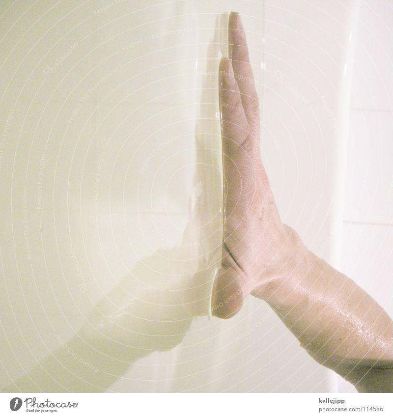 can´t touch this Hand Reflexion & Spiegelung Oberfläche Oberflächenspannung Physik Gewässer Wellness Bad Körperpflege Taufe Tradition nass feucht Seife