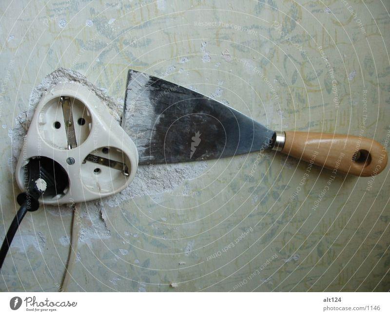 Verliebtes-Werkzeug Steckdose Wand Dinge spachtel
