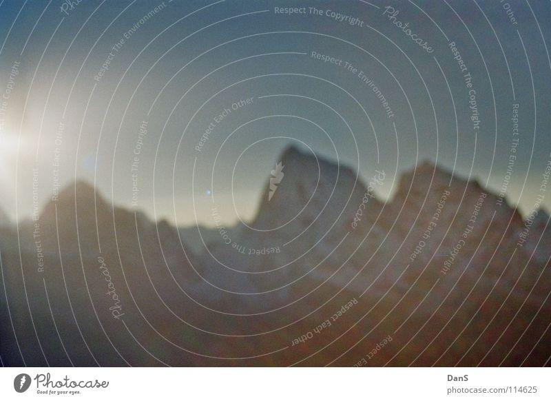 Morgenstimmung im Himalaya Natur Himmel weiß Sonne blau Ferne kalt Schnee Berge u. Gebirge hell Horizont hoch Asien geheimnisvoll Idylle anstrengen