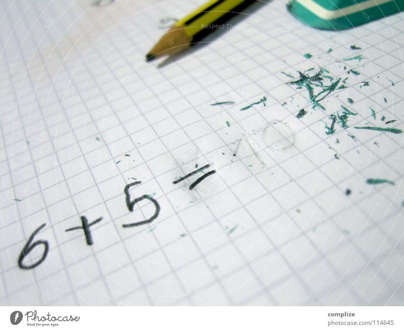 Pisa-Studie 2015 grün Denken Schule dreckig Kindheit Schriftzeichen Studium Reinigen Papier Ziffern & Zahlen Verstand Bildung schreiben Konzentration