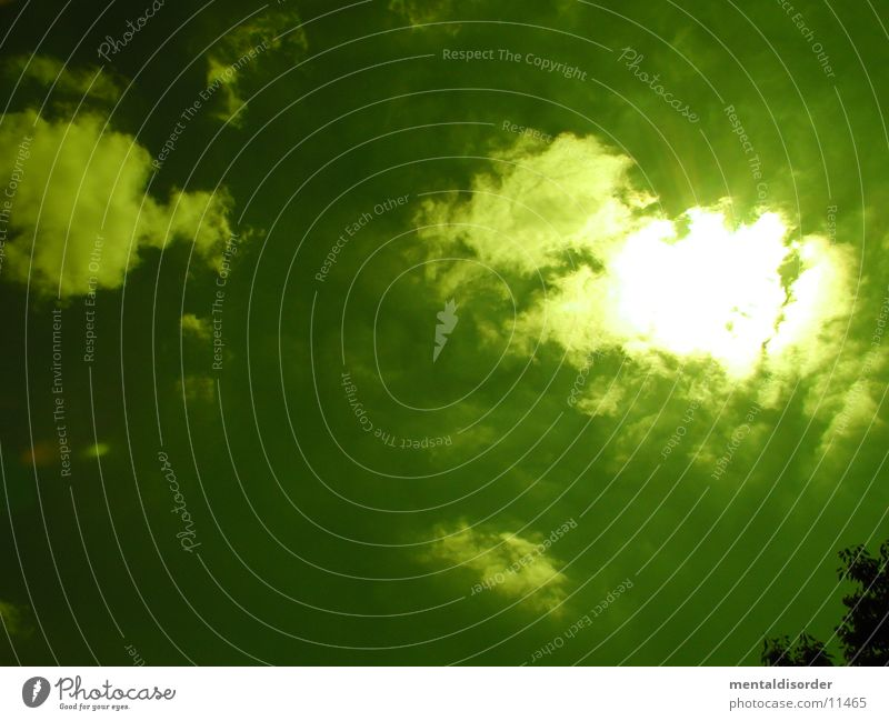giftgrün bitte Himmel Sonne Wolken