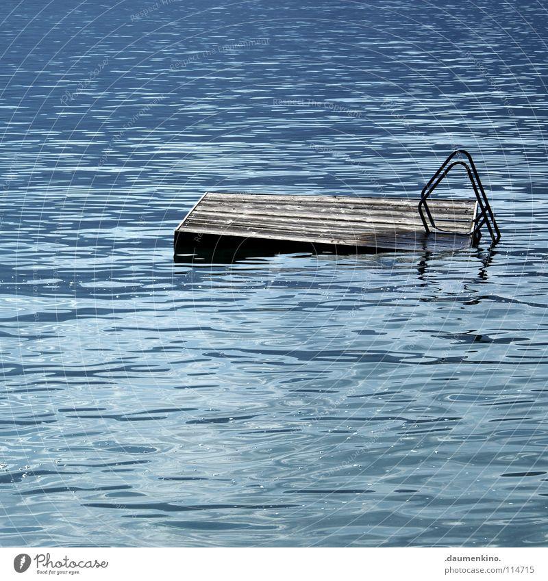 architecture in helsinki Wasser blau Sommer springen Holz See Wellen Wind nass Sicherheit Hafen verfallen trocken Steg feucht Leiter