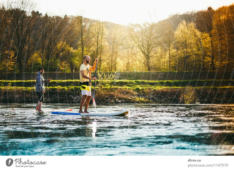 SUP Standup Paddling auf der Ruhr Lifestyle Gesundheit sportlich Fitness Erholung ruhig Freizeit & Hobby Sport Wassersport Freundschaft Natur Frühling Sommer