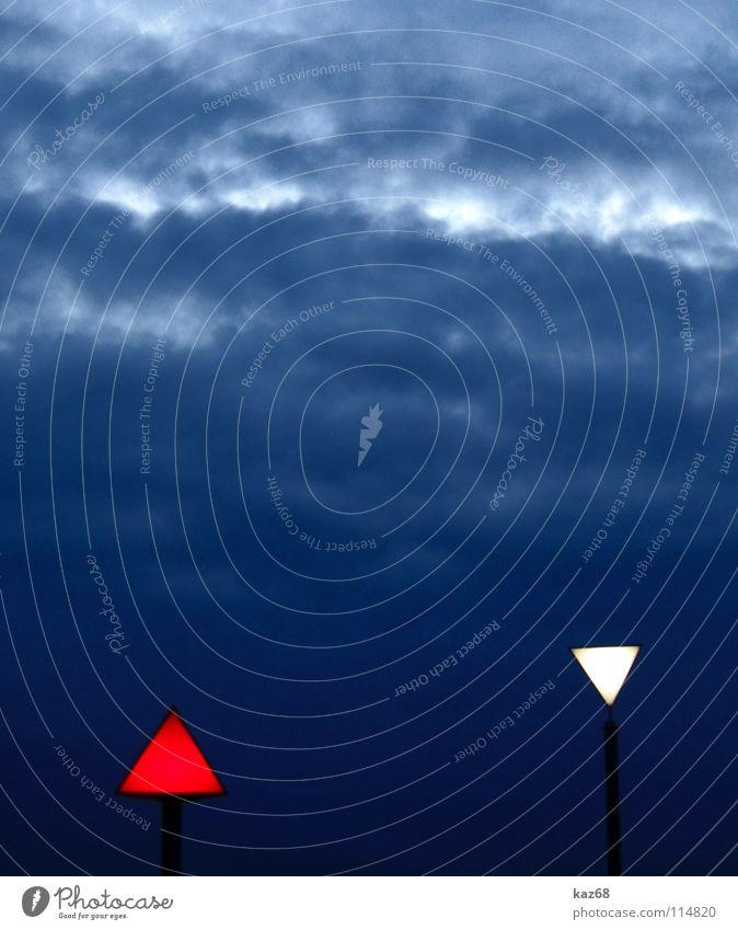 himmlische geometrie Himmel weiß rot Wolken dunkel grau klein Lampe Kunst 2 Beleuchtung Hintergrundbild groß modern Energiewirtschaft Elektrizität