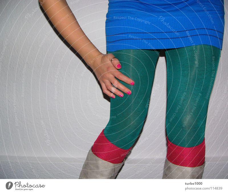 aus hackepeter.. Frau Jugendliche blau Hand grün Beine rosa Freizeit & Hobby dreckig Arme Bekleidung Reinigen dünn Strümpfe Fett Strumpfhose