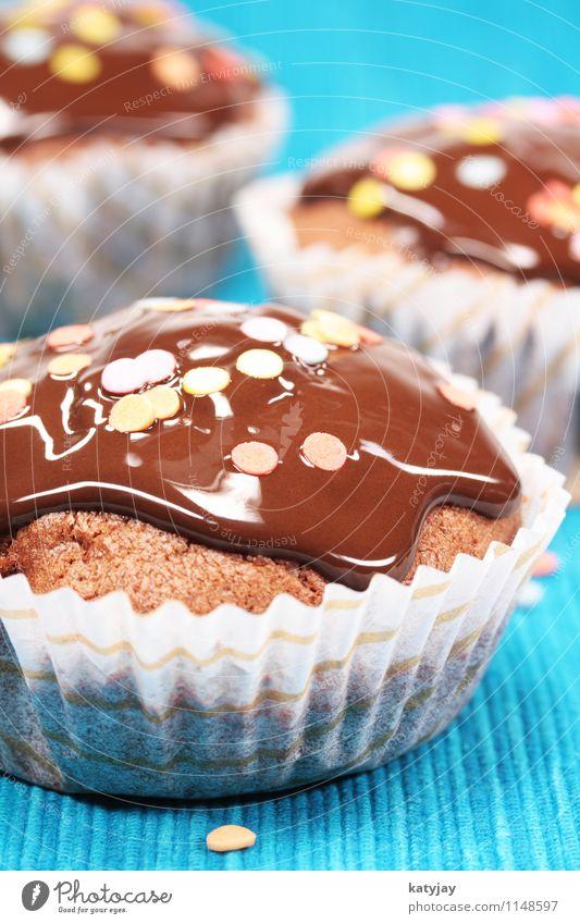 Muffins Kuchen Backwaren Schokolade Schokolinsen Schokoladenkuchen Bäckerei amerikanisch cookie Cupcake Speise Essen Foodfotografie Ernährung nah Nahaufnahme