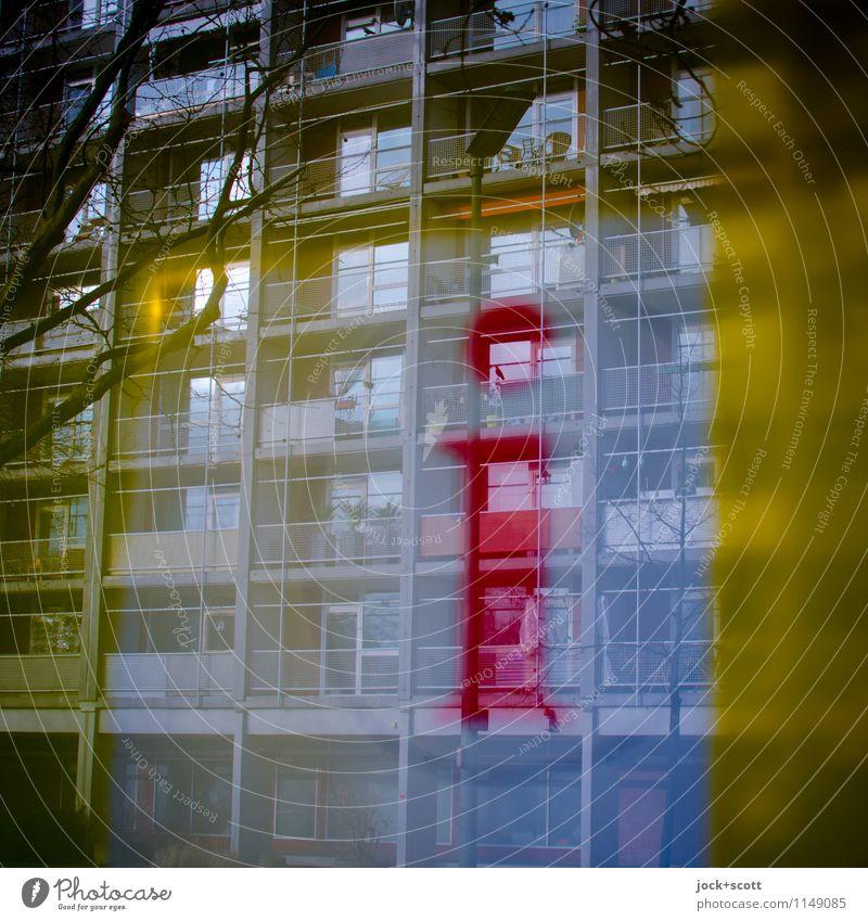 Info im Quadrat rot Winter Ferne Fassade Zufriedenheit Ordnung Hinweisschild Kommunizieren Idee planen nah Information Wachsamkeit Dienstleistungsgewerbe