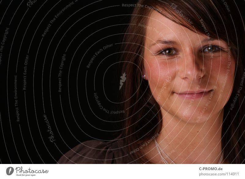 Diana schwarz braun Frau Blick Teint Lippen Porträt Hintergrundbild schön Jugendliche Haare & Frisuren Gesicht Auge Nase Mund Kette Black brown hair face