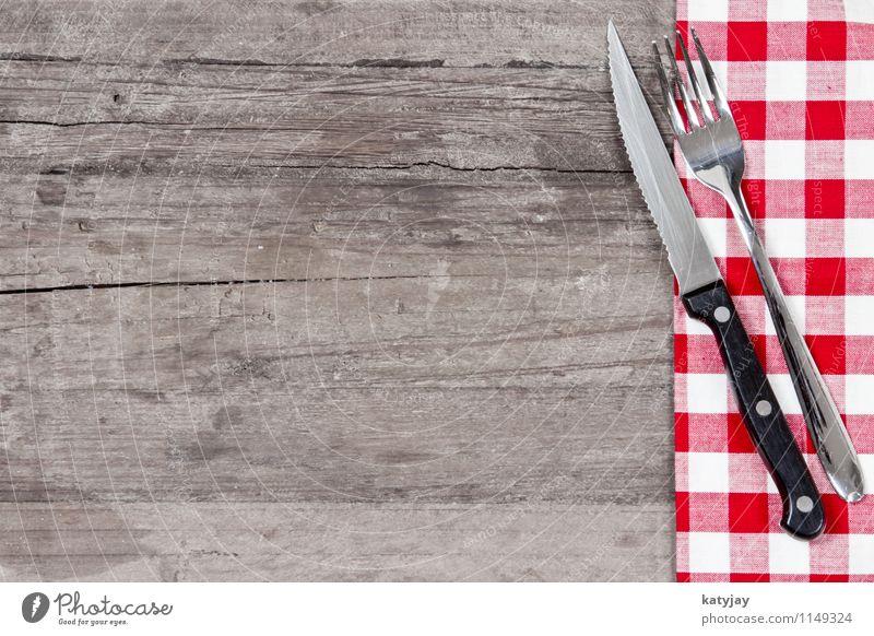Besteck rot Speise Essen Foodfotografie Hintergrundbild Holz Tisch Küche nah Restaurant Holzbrett Decke kariert Messer Tischwäsche