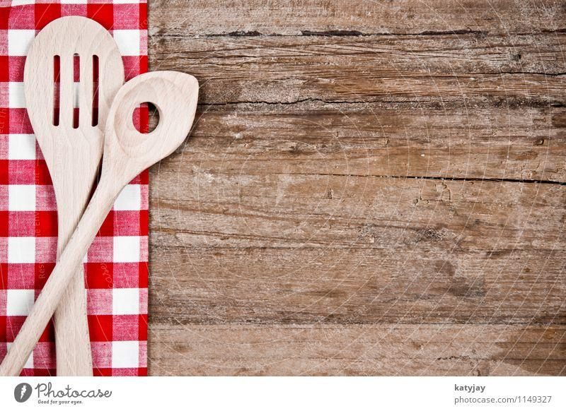 Kochlöffel Löffel Holz alt Besteck Tischwäsche Holzbrett Küche rot Holztisch kariert Haushalt Werkzeug Speise Gabel Lebensmittel braun retro Nahaufnahme Gerät