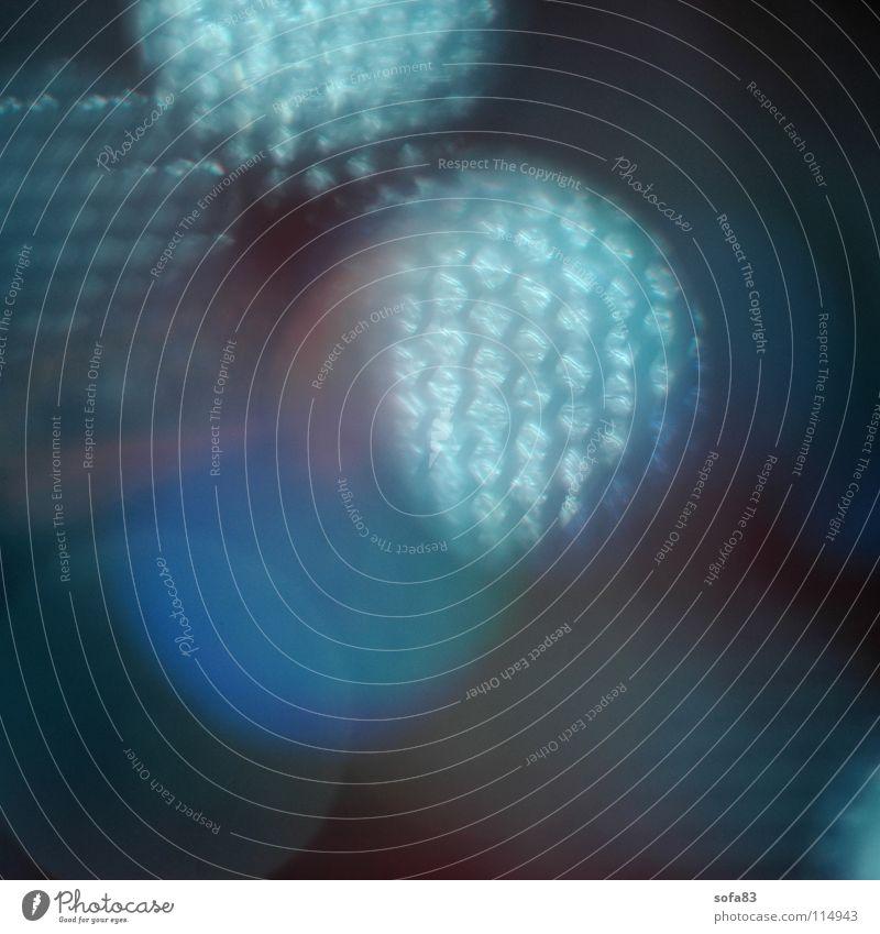 lampenspiegel Lampe Spiegel Reflexion & Spiegelung Unschärfe rot Licht Makroaufnahme Nahaufnahme blau Bienenwaben