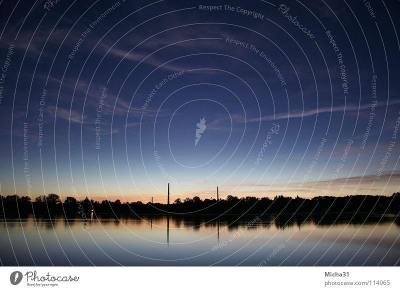 Urbanes Leuchten Natur Wasser Himmel Lampe See Landschaft Spiegel geheimnisvoll Abenddämmerung